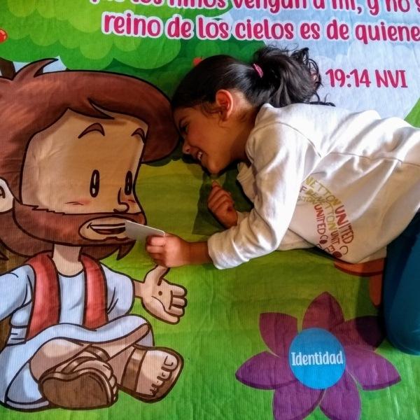 Tapete acolchado - pasajes biblicos - biblia para niños - espiritualidad - Decoración cuarto niño - Decoración habitación niño